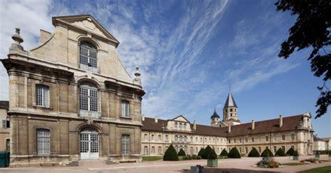 chambres d hotes cluny abbaye de cluny beaune et le pays beaunois tourisme