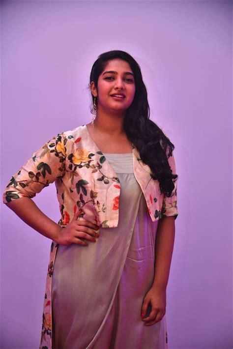 actress karthika muralidharan facebook karthika muralidharan photos hd latest images pictures