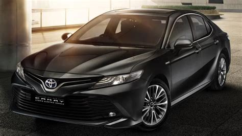 Hybrid Car Price by Toyota Launches New Camry Hybrid Electric Car In India