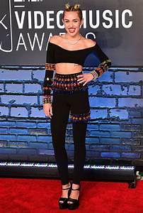 See What 15 Year Old Miley Cyrus Wore To Her First VMAs MTV