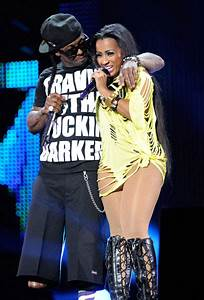 Lil Wayne & Shanell Get Freaky On Stage [Photo]