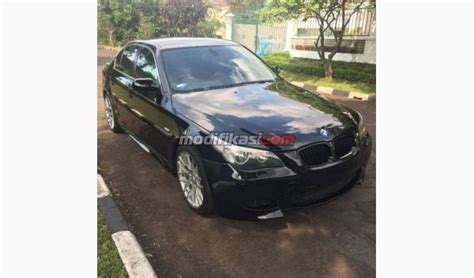Bmw M5 Modification by 2005 Bmw 520i E60 With M5 Modification