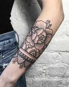 Mandala Tattoo Unterarm : 1001 ideas de tatuajes en el brazo para mujeres ~ Frokenaadalensverden.com Haus und Dekorationen