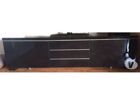 cuisine tele meuble cuisine noir laqu meuble bas cuisine noir laque