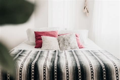 Bedroom Decorating Ideas For Limited Space by 11 Small Bedroom Ideas That Ll Effortlessly Maximize