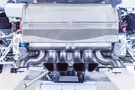 Its total weight is 2.070 kg (4.564 pounds). Inside the Bugatti factory: an exclusive look at the ...