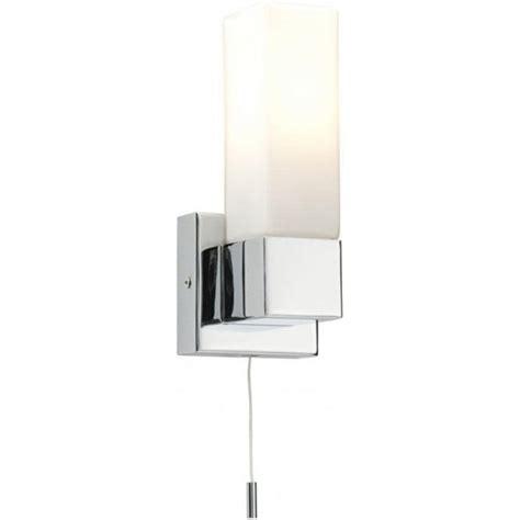 square 39627 wall light