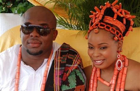 Post Pictures Of Traditional Weddings.