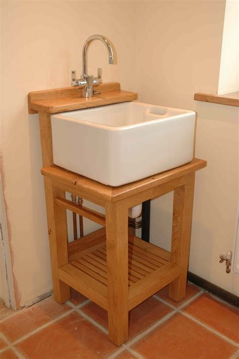 washstand  small belfast sink  standing kitchen