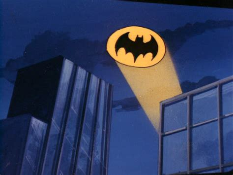 Batman Light Signal by Dc How Did The Bat Signal Work On Cloudless Moonless