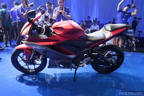Yamaha R25 2019 by 2019 Yamaha Yzf R25 Showcased Taking Styling Cues From R1