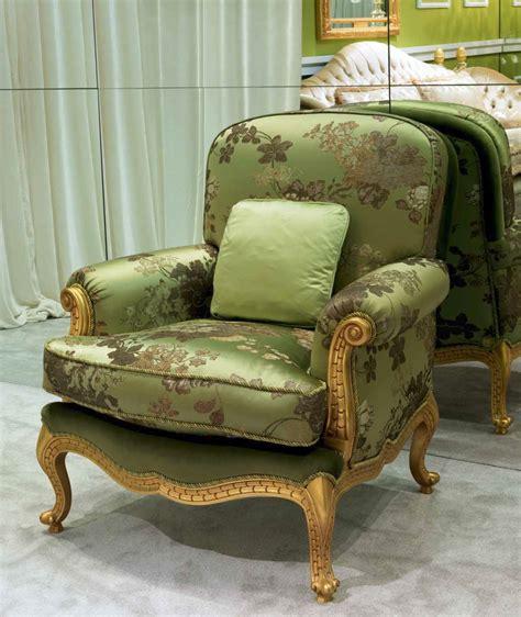 elegant jungle treasures living room furniture set