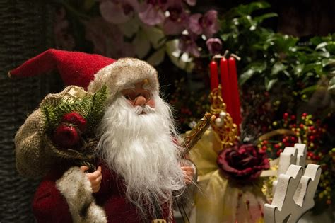 santa claus christmas xmas  photo  pixabay