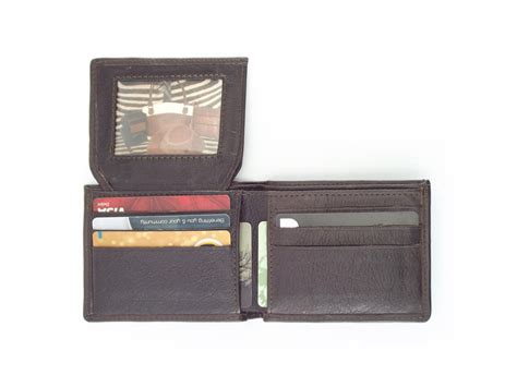 Men's Leather Business Card Wallet Visiting Card Design Psd Download Business Online Canada Holders For Iphone Display Holder Stand What Is The Best Software Cardboard Printed Dispenser