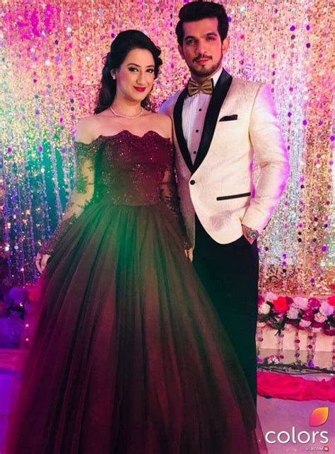 Alesha Maroon aalisha panwar maroon gown for s wedding