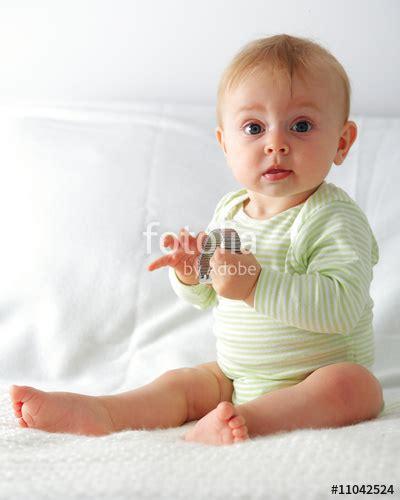 bebe 6 mois assis bebe 5 mois assis 28 images 6 mois motricit 233