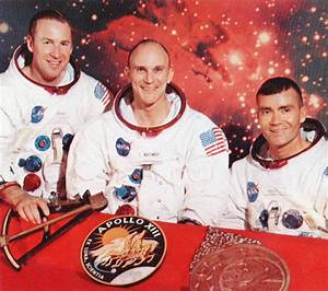 Mission Apollo 13 Crew - Pics about space