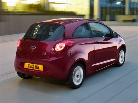 Quality Ford Ka Hatchback   Features Equipment And Accessories Parkers Cf D