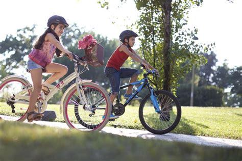 siege velo a partir de quel age comment choisir vélo enfant les conseils sportifs