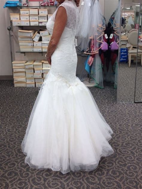 Show Off Your Bustle For Lacetulle Ballgown Weddingbee