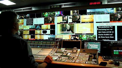 Rtl live stream rtl ist ein deutsche privatsender zu der rtl group gehört. RTL Television - Wikiwand
