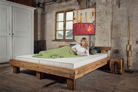 bett aus balken bett alte holzbalken altholz balkenbett balken massiv massivholz bausatz my bed