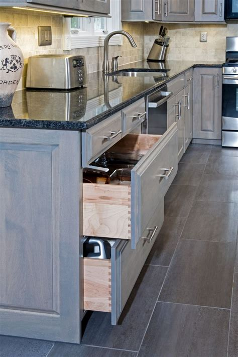 drawer kitchen cabinets 10 best gray kitchens images on eclectic 3457