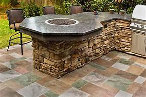 outdoor kitchen designs With outdoor kitchen and bar designs