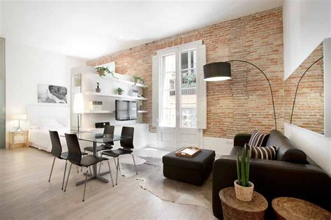 furnished studio flat  rent mid term  barcelona gothic