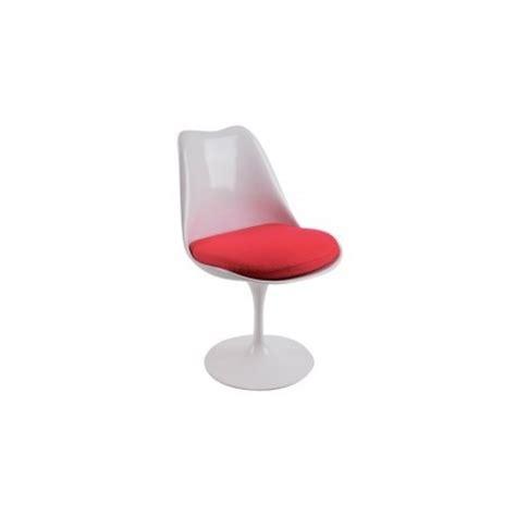 chaise en fibre de verre chaise design tulip en fibre de verre par eero saarinen