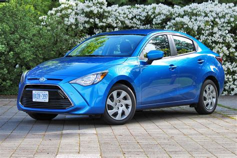 Big Guy, Small Car Test Drive: 2016 Toyota Yaris Sedan ...