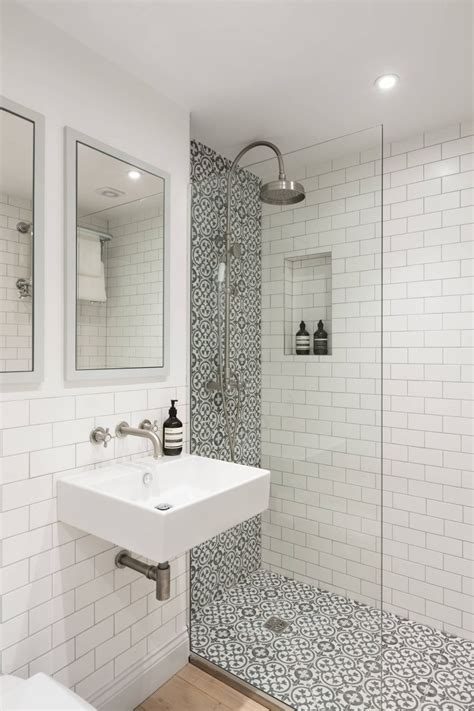 ways  refresh  white bathroom  style