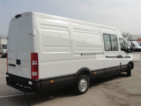 Iveco Daily 35 S 13sv, Air, 6 Seats, Cruise Control 2011