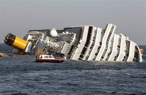 Cruise Ship Sinking Italy by Like A From The Titanic Luxury Cruise Ship