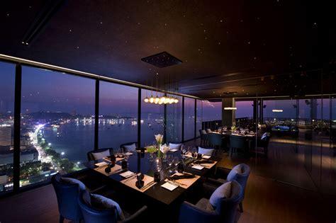 Hilton Rooftop Restaurant & Bar - dwp