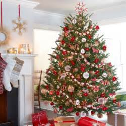 30 traditional and tree décor ideas digsdigs