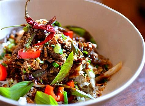 recette de cuisine thailandaise boeuf sauté au basilic thaï la recette facile