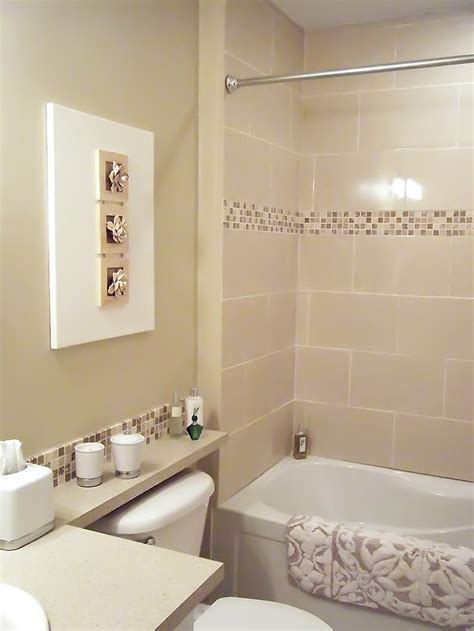 mosaic tiled bathrooms ideas the 3d wall and the mosaic tile border in the