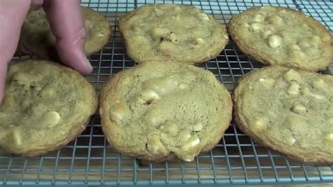 white chocolate macadamia cookies subway recipe youtube