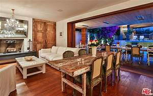 Pamela Anderson Rents Her Malibu House For 39000 Per
