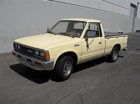 84 Nissan 720