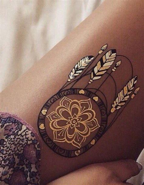 tatouage cuisse femme mandala cochese tattoo