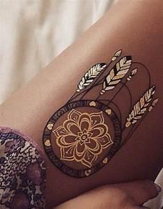 Attrape Reve Tatoo : tatouage cuisse attrape r ve 15 tatouages sur la cuisse qui nous font de belles jambes elle ~ Nature-et-papiers.com Idées de Décoration
