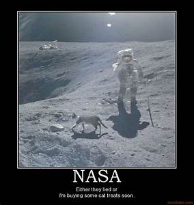 Astronaut On Moon Meme - Pics about space