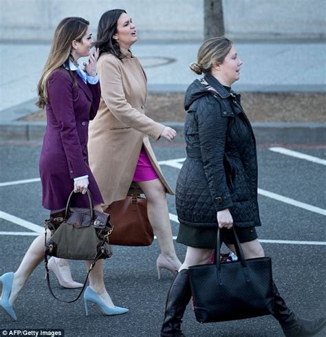 Hope Hicks switches cellphones and leaves the White House ...