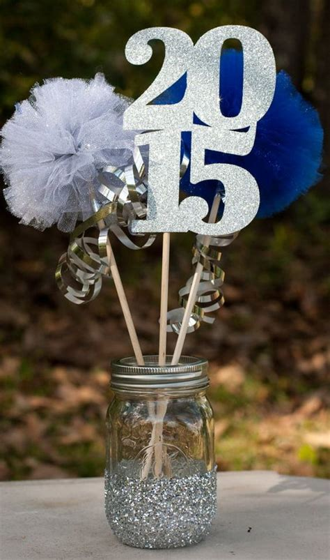 A great way to incorporate sports memories into graduation parties, awards banquets, or senior night. 50+ Creative Graduration Party Ideas