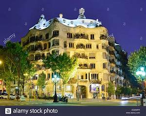 Casa Mila, illuminated at night, Casa Mila, La Pedrera ...