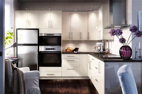 petit n駮n de cuisine idées de rénovation de cuisine pour les petits budgets cuisinoo com
