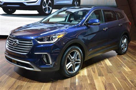 Hyundai Santa 2017 by 2017 Hyundai Santa Fe Review And Rating Motor Trend