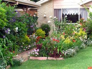 cottage garden border ideas achat maison 224 la cagne que peut on faire d un jardin boostacom